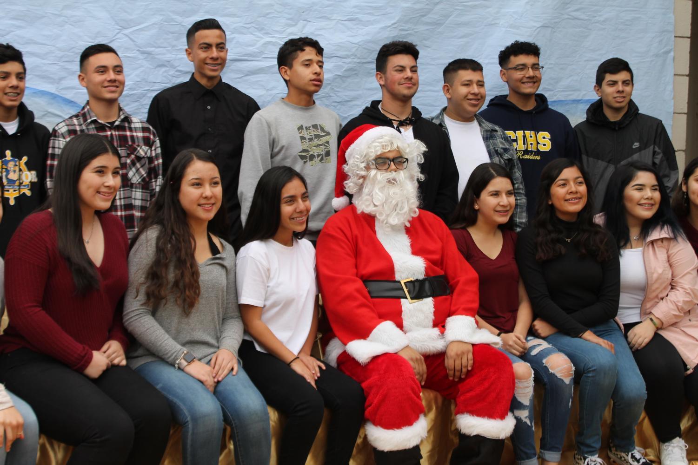 Santa with some nice Raiders